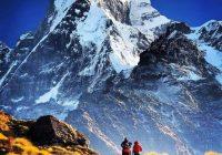 China închide Everestul pentru curățenie