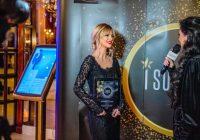 """Alexandra S Preda a primit premiul pentru """"Excelenţă în management"""" in cadrul Spitalului MaDonna Maria."""