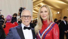 Tommy si Dee Hilfiger au participat la Gala Met 2021